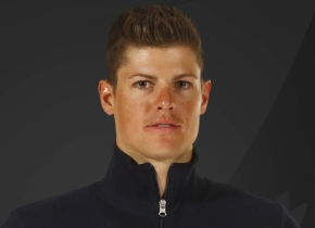 Jakob Fuglsang to start in stage 12 despite suffering two small fractures