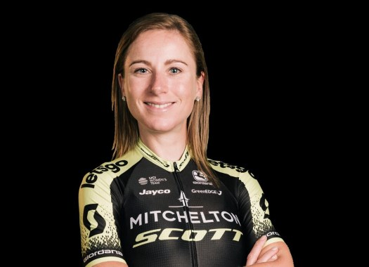 Annemiek van Vleuten to train with the men in preparation for spring classics
