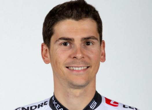 Warren Barguil suffers double fracture of cervical vertebra at Paris-Nice crash