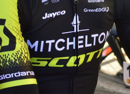 Mikel Nieve extends contract with Mitchelton-Scott for two more years