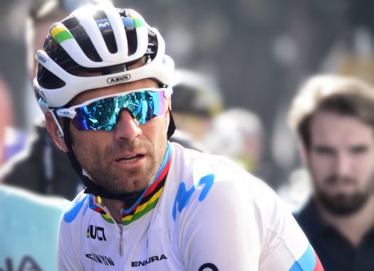 Alejandro Valverde wins mountain battle on Mas de la Costa in Vuelta a España